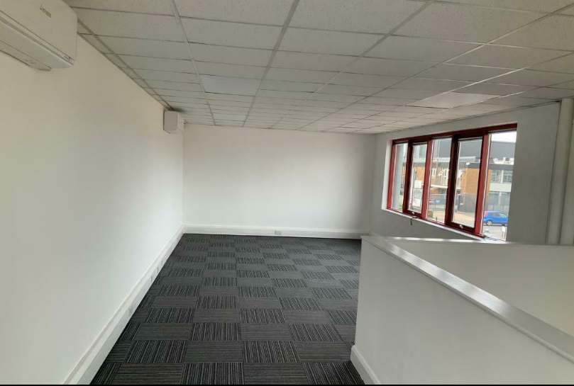 Commercial (Other) for rent in London. From Property Point UK