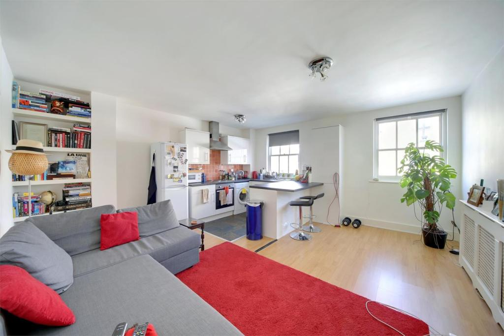 1 bed Flat for rent in Bow. From Stephen James Estate Agents