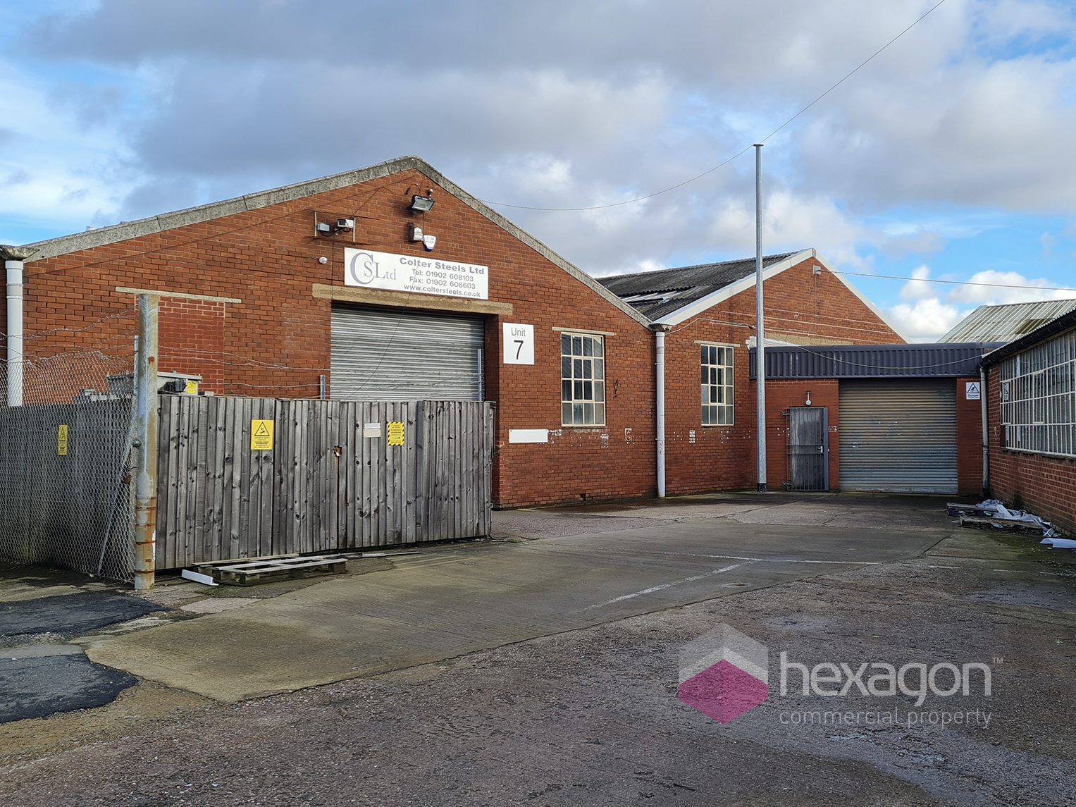 Light Industrial for rent in Willenhall. From Hexagon Commercial Property