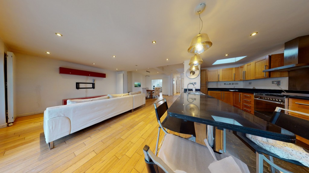 5 bed Mid Terraced House for rent in London. From We Can Properties